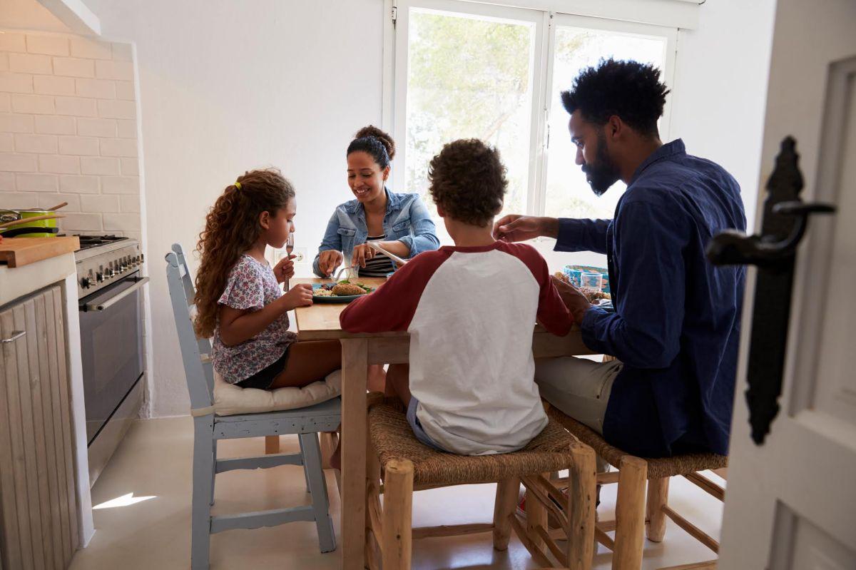 Alertan que ACS falla en certificar los hogares temporales para niños