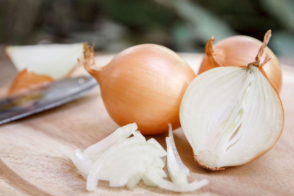 Aceite de cebolla para un crecimiento extremo del cabello en 7 días