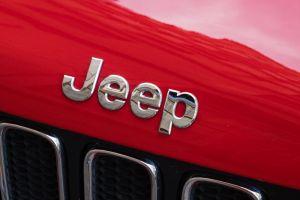 ¿Cuáles son los autos Jeep más espaciosos por menos de $40,000?