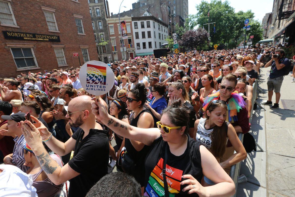 Manhattan colmada por millones de turistas atraídos por el WorldPride2019