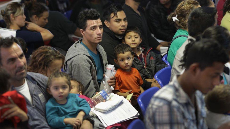 México se comprometió a enviar a miles de miembros de la Guardia Nacional a la frontera con Guatemala.