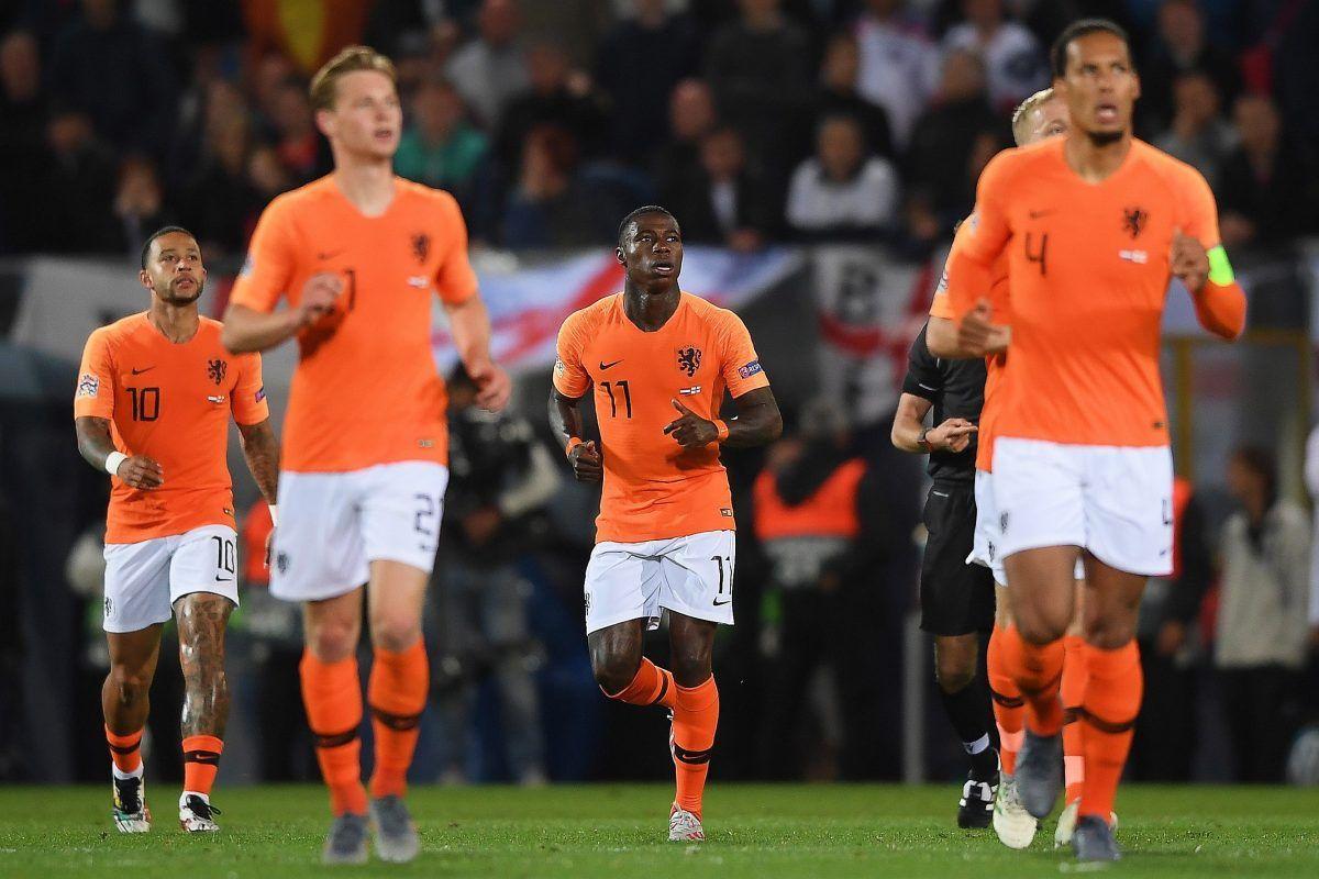 Quincy Promes celebra con Holanda el pase a la final de la Liga de Naciones de la UEFA.