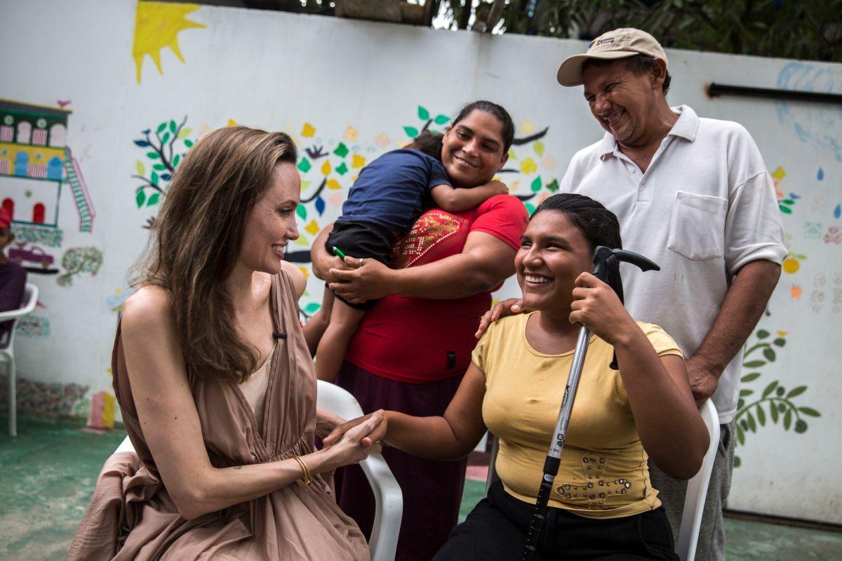 Angelina Jolie visita por 2da vez a refugiados venezolanos como enviada de ONU-ACNUR