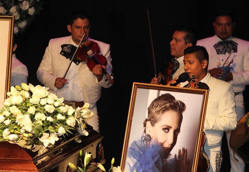 Edith González fue homenajeada por la ANDA.