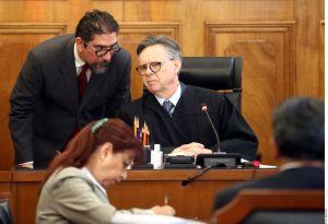 Ministro mexicano Eduardo Medina Mora aclara transferencias a EEUU, es investigado