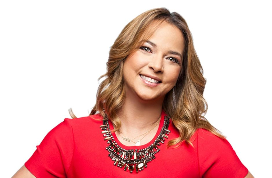 Adamari López confiesa qué retoques estéticos ha hecho en su rostro para lucir más bella