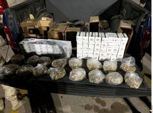 Detienen a una estadounidense con 8,000 cartuchos útiles en la garita de Nogales, Sonora