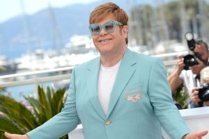 Elton John se une a TikTok en la lucha contra el VIH