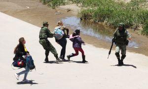 Guardia Nacional de AMLO separa familias de inmigrantes y evita que crucen a Estados Unidos