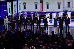 Resumen del segundo día del debate demócrata: Seguro de salud, inmigración y control de armas