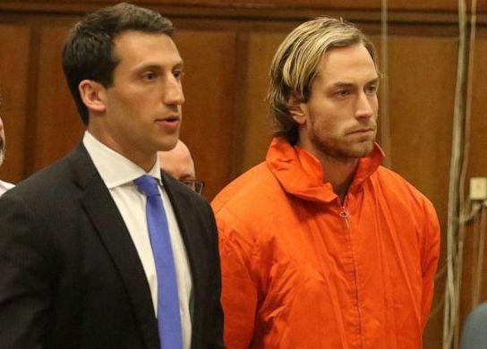 Hallan culpable a joven surfista que mató a su padre millonario en Manhattan; Hollywood ya prepara película