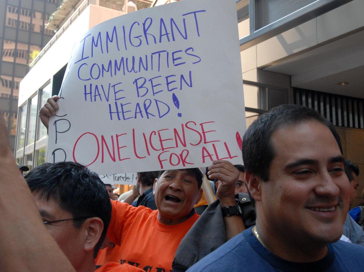 Licencias para indocumentados pasan la prueba en la Asamblea estatal de NY