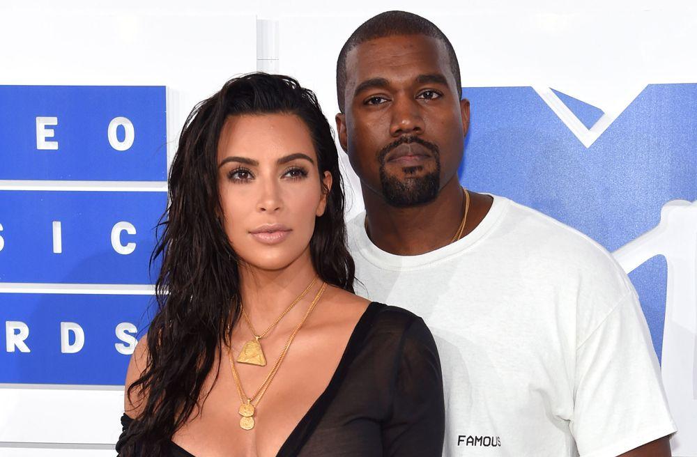 Kim Kardashian comparte foto de Psalm a un mes y podría haber revelado un nuevo detalle