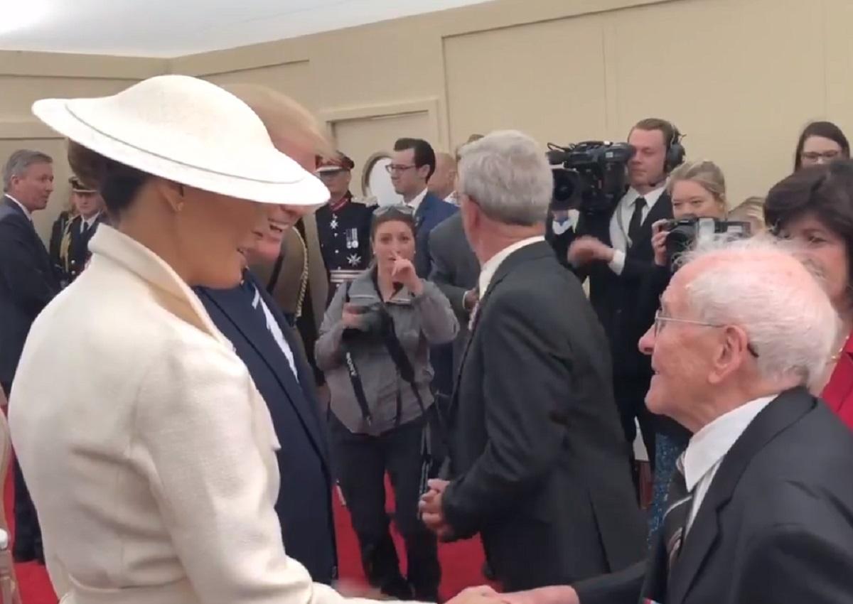 Veterano de guerra de 93 años coquetea con Melania ¡frente a Trump!