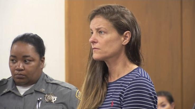 """Michelle """"Michi"""" Troconis Arreaza el 3 de junio en la corte"""