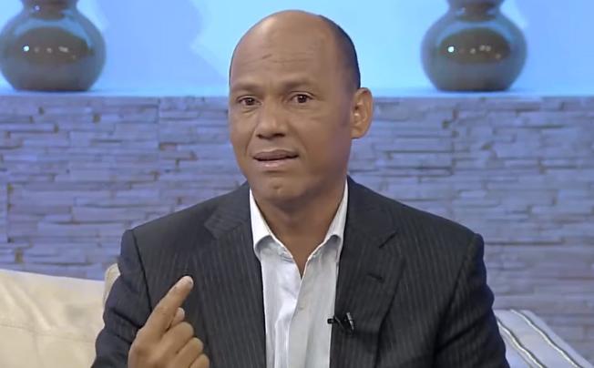 Nisdean Mirabal,el padre de Oliver Moisés Mirabal Acosta, uno de los arrestados en el caso de David Ortiz.