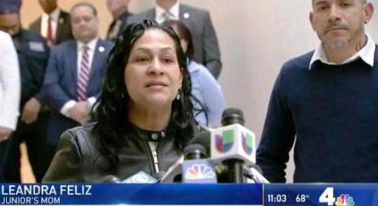 Leandra Feliz y Lisandro Guzmán al salir ayer del tribunal