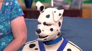 El hombre que lucha por ser reconocido como un perro dálmata