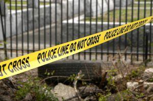 Colombiana accedió a casarse por papeles en Florida; esposo la mata y la entierra en patio trasero de su casa