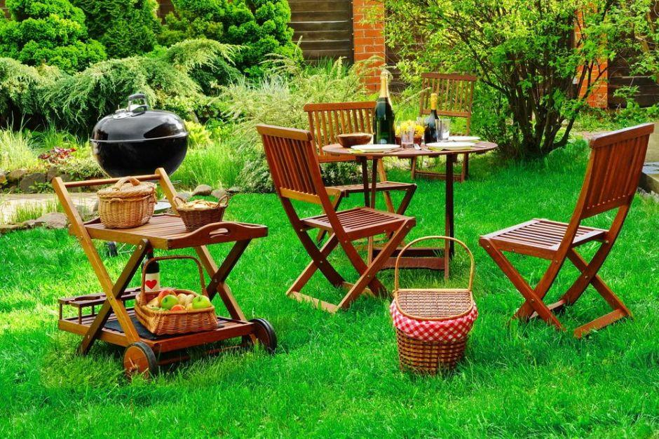 Las 5 mejores mesas de picnic para usar este verano en tu patio