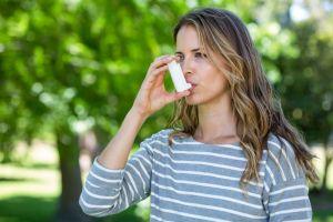 ¿Qué alimentos deben consumir las personas que sufren de asma?