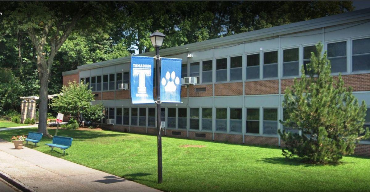 Arrestan a un hombre con pistola y 130 balas frente a escuela de Nueva Jersey