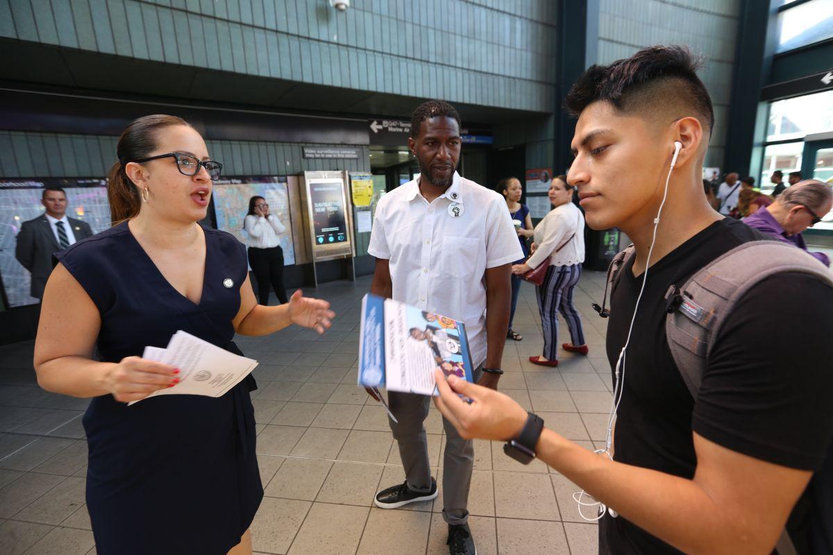 Lanzan campaña en NYC para ayudar a inmigrantes a enfrentar redadas de ICE