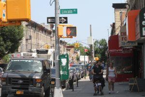 El Concejo aumenta fondos para combatir violencia callejera en vecindarios de NYC