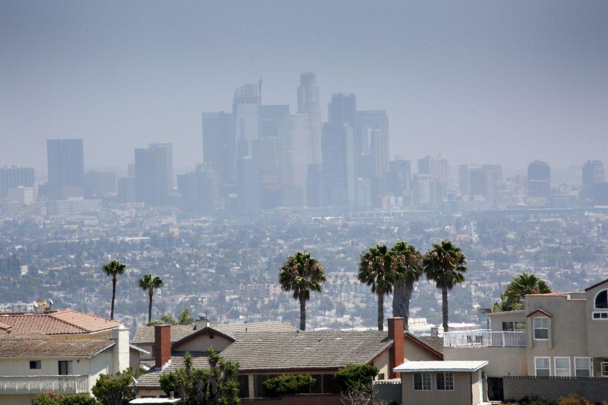 Trump arrebatará a California su autoridad para controlar emisiones de automóviles