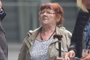Abuela condenada por delito sexual después de agarrar la entrepierna de un paramédico y preguntarle qué tamaño tiene