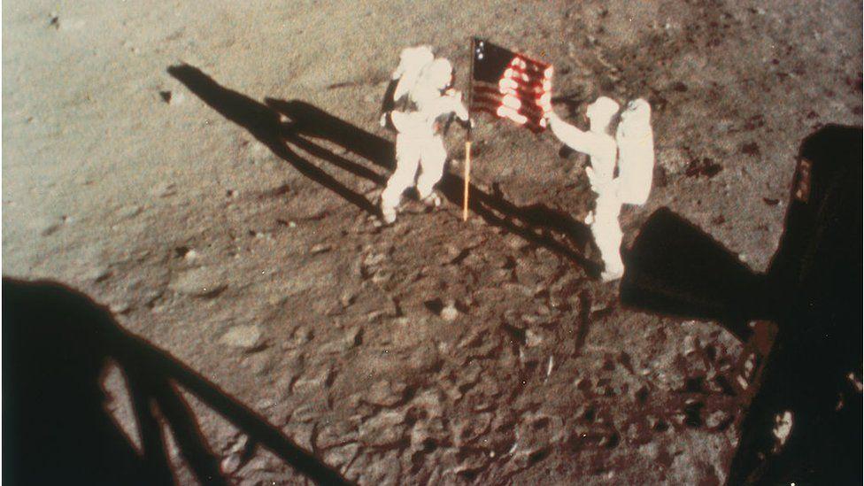 Apolo 11: la más asombrosa transmisión de televisión en vivo de la historia