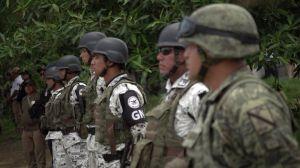 """""""El gobierno de AMLO es rehén de la política xenofóbica de Trump"""": Hay miles de inmigrantes atrapados en Tapachula"""