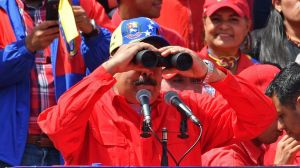 """""""Si el gobierno contempla unas elecciones, parece suicida que piense en Maduro como candidato"""""""