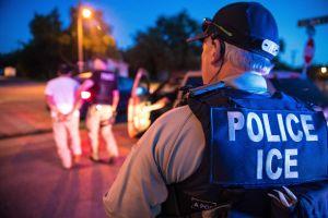 Activistas de Florida desafían ley que ayudaría a ICE con deportaciones