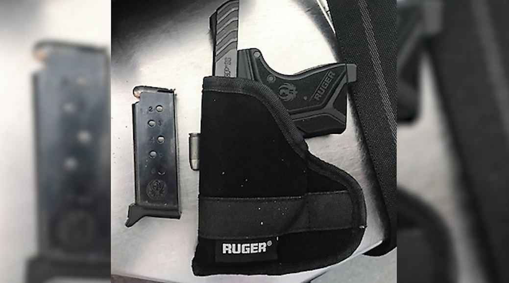 Segunda arma de fuego incautada en menos de 48 horas en aeropuerto de Nueva York