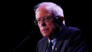 Vicepresidente Mike Pence usa el fantasma de Chávez para atacar a Bernie Sanders