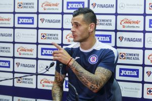 "Caraglio pide a ""Chaquito"" Giménez ""no creerse Dios"""