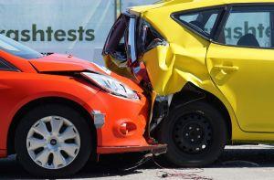 ¿Cómo funciona el freno anticolisiones para evitar accidentes al conducir?