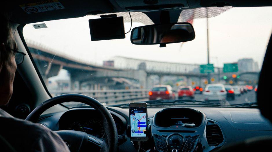 ¿Pueden los pasajeros de Uber pedir silencio al conductor durante su recorrido?