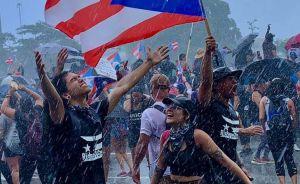 ¿Cómo una foto en redes sociales se volvió símbolo mundial de las protestas en Puerto Rico?
