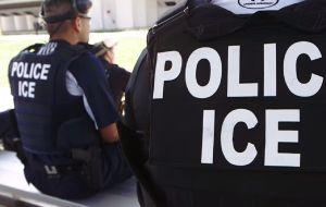 """ICE arranca sus """"operativos sorpresa"""" a empleadores"""