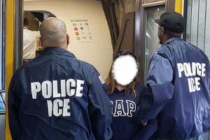 ICE vino a por él y los vecinos se enfrentaron para evitar el arresto