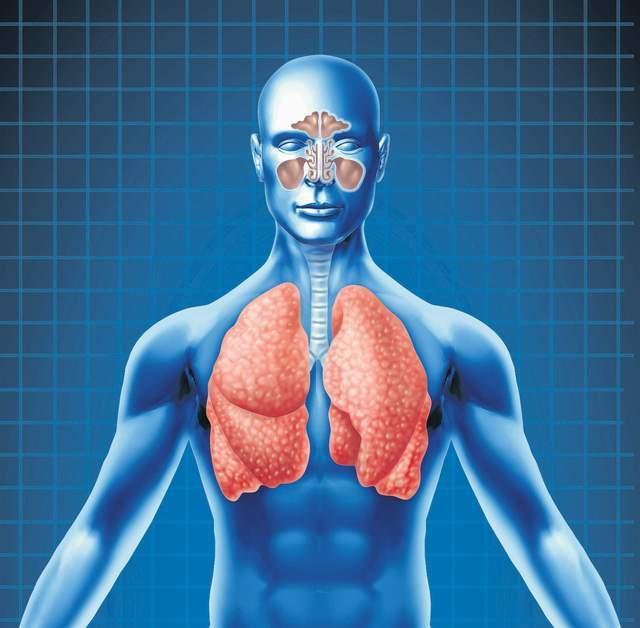 Derrame pleural: conoce los síntomas de retener fluido en los pulmones