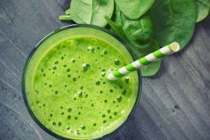 Baja de peso en 10 días con saludable smothie verde