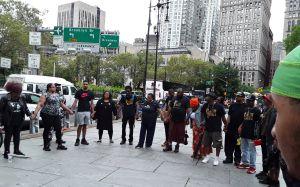 Concejales se unen a voces que exigen despido inmediato del policía Pantaleo