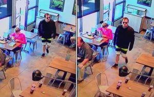 Roban arma en el baño de un restaurante a jefe de policía de San Luis Obispo