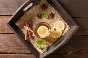 Reduce centímetros de cintura con té de canela y laurel