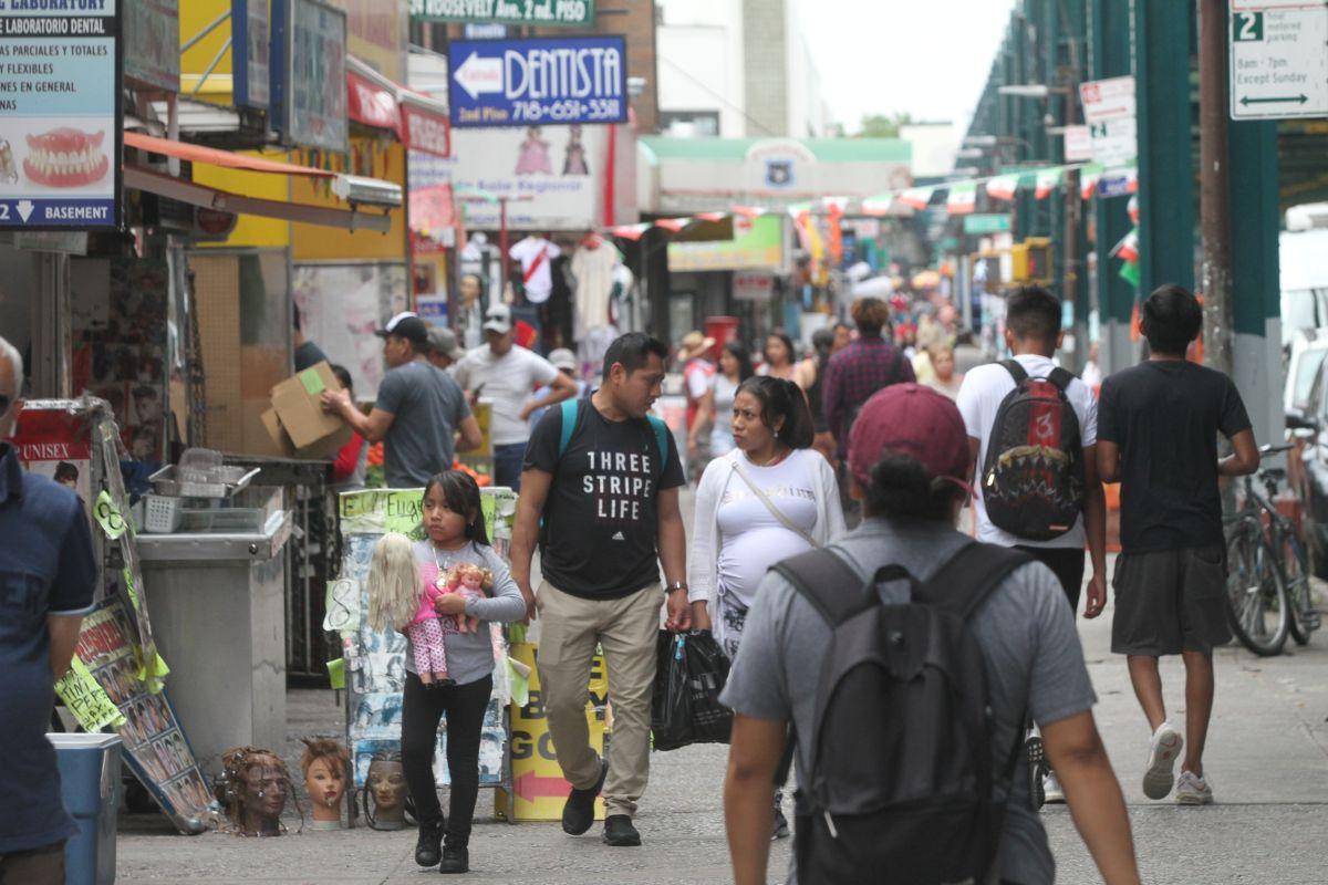 Juez multa con $17 mil a casera de Queens por amenazar a inmigrante con llamar a ICE