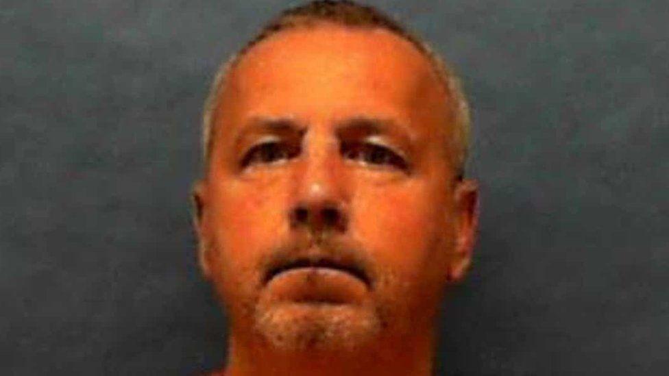 """Pena de muerte: ejecutan a Gary Ray Bowles, """"el asesino de la I-95"""" que mató a 6 homosexuales en Estados Unidos"""