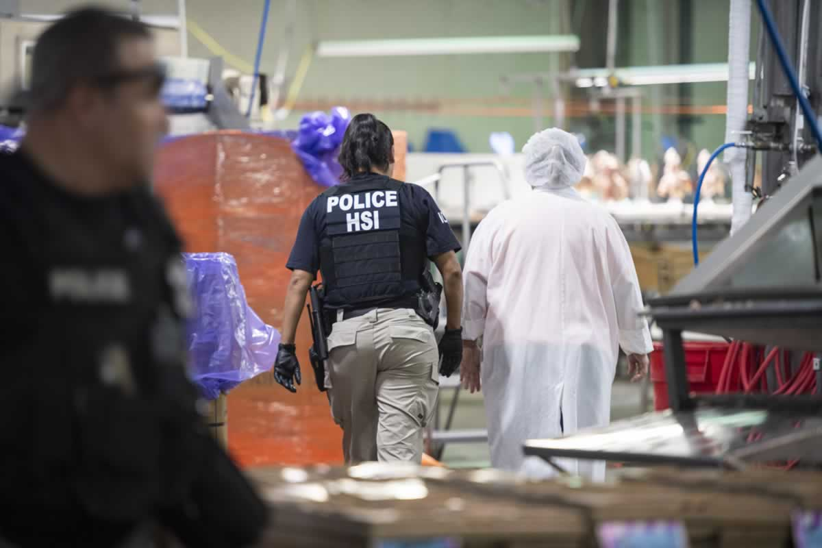 Inmigrantes abandonan puestos de trabajo por rumores de redadas